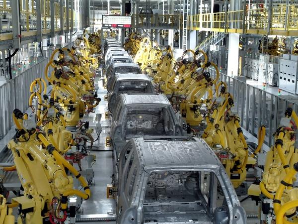 Brexit: cri d'alarme de l'industrie automobile européenne ...